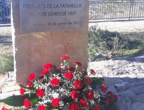 Ofrena al Monument en record de les víctimes dels Fets de la Fatarella